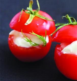 pendirli pomidor dolması
