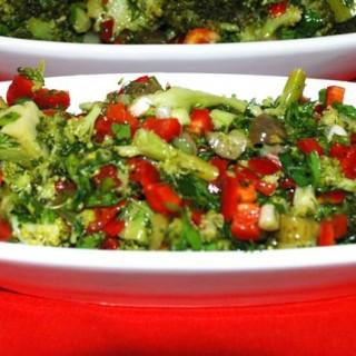 Brokili salatı