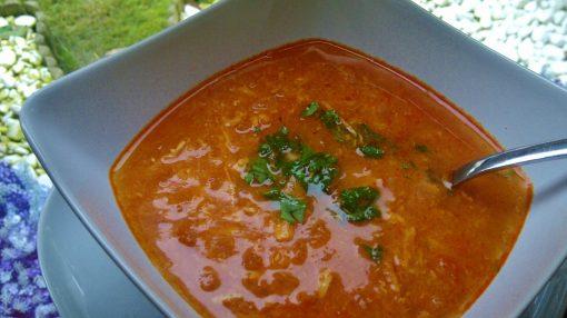 Toyuq şorbası
