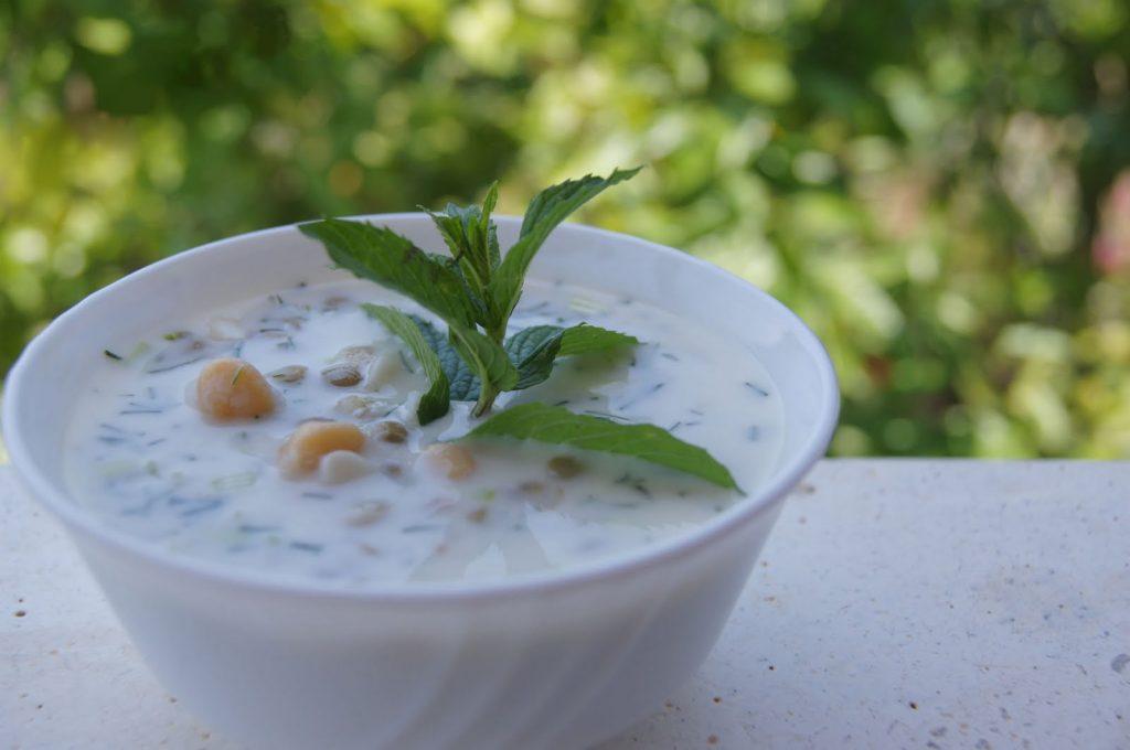 Noxudlu soyuq ramazan şorbası