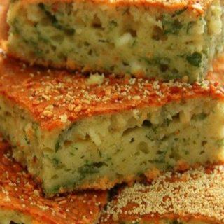 Luçenik ( Qarğıdalı unlu duzlu keks )